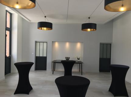 L'Ecole Buissonnière - Réunions - événements - séminaires - diner - Salle de classe - Blois - La Chaussée Saint Victor -  41